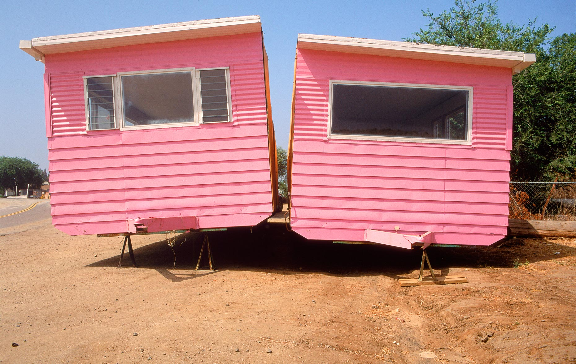 Two halves of pick mobile home next to each other. David Zaitz.