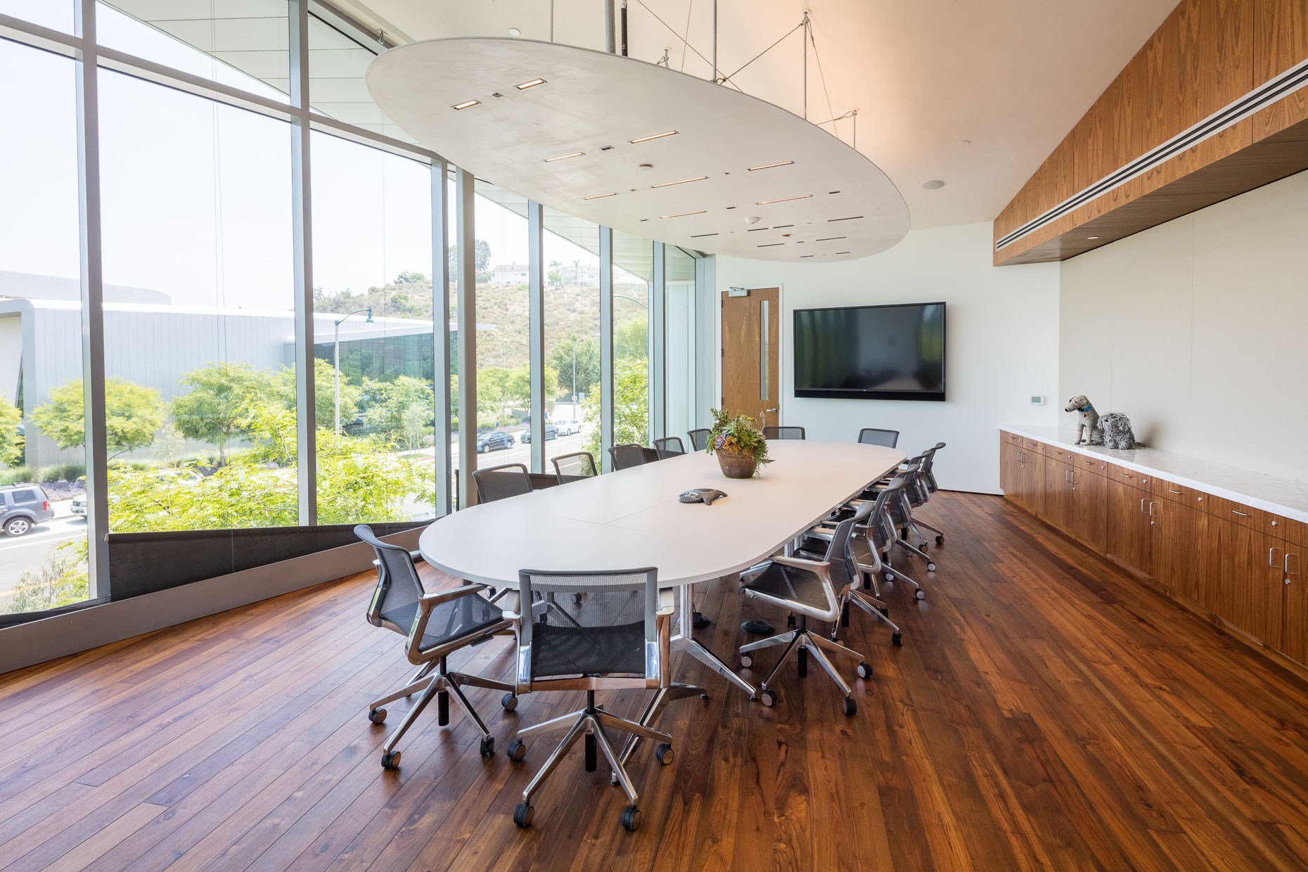 Architecture shot of conference room in modern building.  David Zaitz Photography.