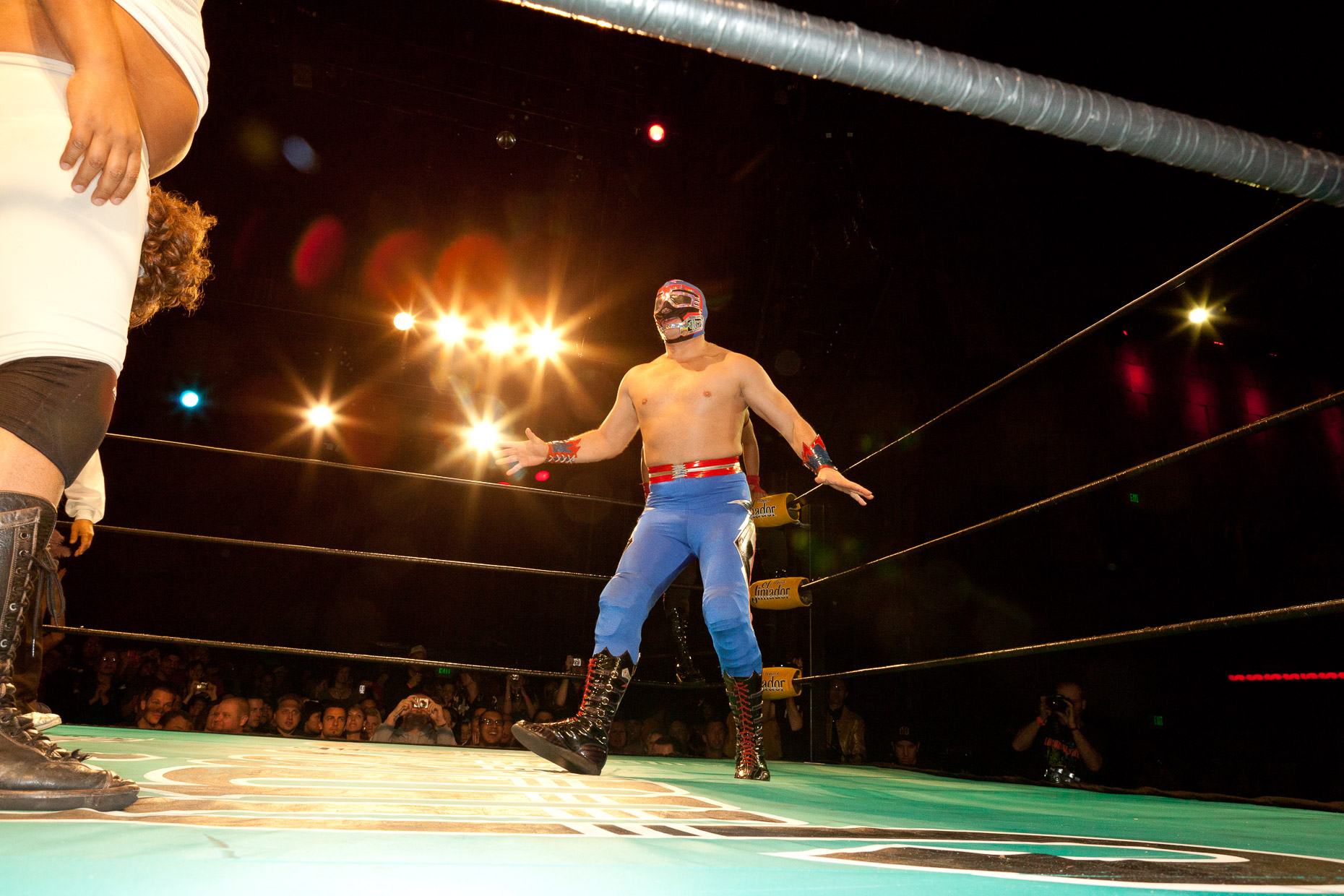Lucha Vavoom Mexican wrestling and burlesque show in Los Angeles by David Zaitz, wrestler in ring